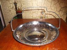 ORNATE VINTAGE CHROME PIERCED CAKE PLATE & DECO SHAPE SWIVEL HANDLE ORNATE RIM